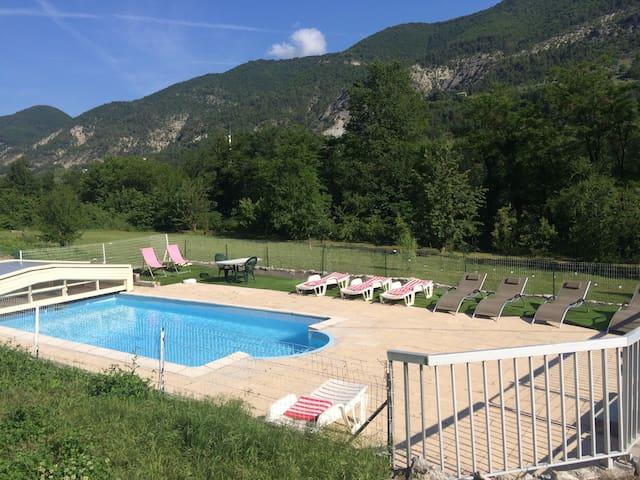 Les 2 Alpes - Puget-Théniers - Flat