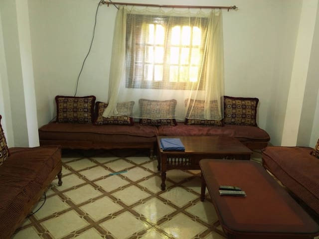 Room in the center of the city - Sidi Bel Abbès - Casa