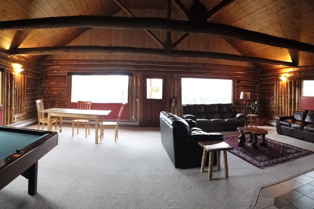 Wonderful big living room.
