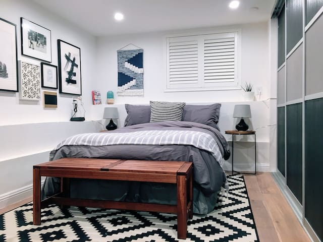 Private room & en suite in lovely Bernal Heights! - San Francisco - Suite degli ospiti