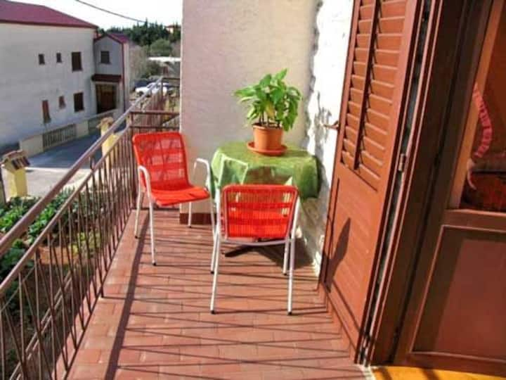 One bedroom Apartment, 200m from city center, in Starigrad Paklenica, Balcony