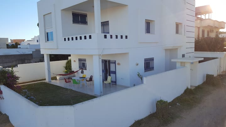 Villa with a veranda, 100m from the beach