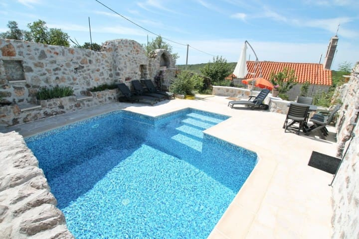 House in Lustica with pool and roof terrace - ME - Villa