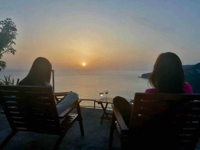 Slice of Heaven * Mango Sunset