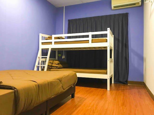 Room 3.