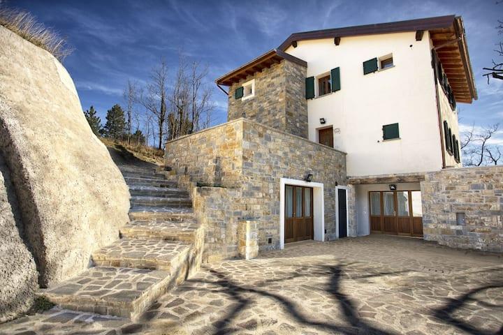 Intera Villa Viktoria & Andras per 20 persone