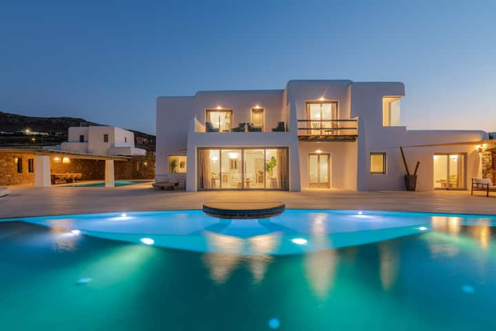 Villa Mati-heated swimming pool-Mykonos AG Villas