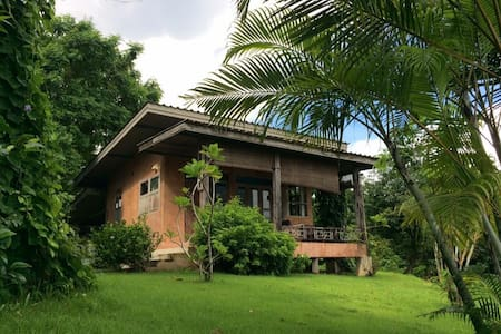 Paradise Bungalow with bicycle Near Tao Garden O