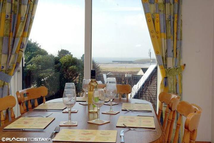 4* Holiday Home in stunning surroundings - Mallaranny - Hus