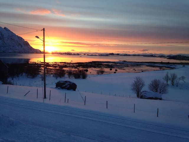 Apartment for rent in Lofoten. 10 min from Leknes.