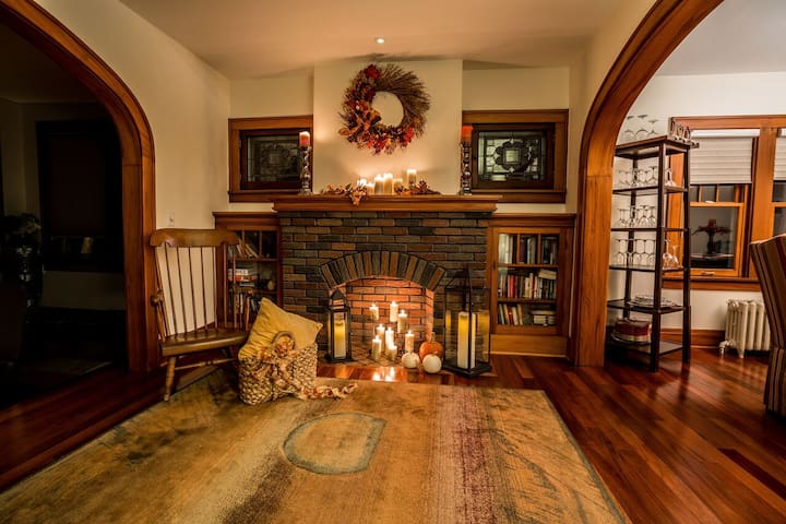 Cozy Home for the Holidays