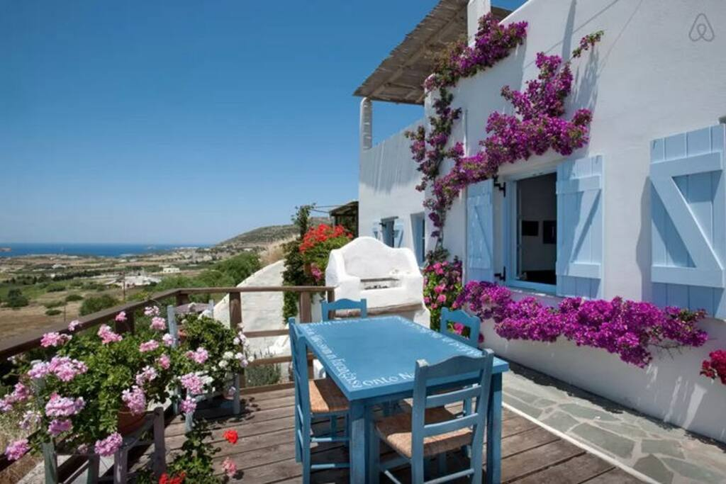 Private balcony with great sea views (sunset views) and BBQ