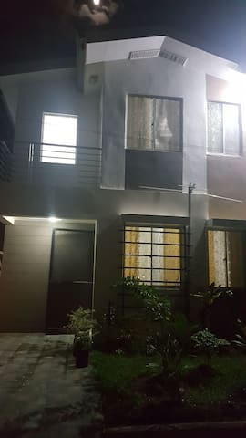 3 Bedroom House for Rent Avidal Village Talisay