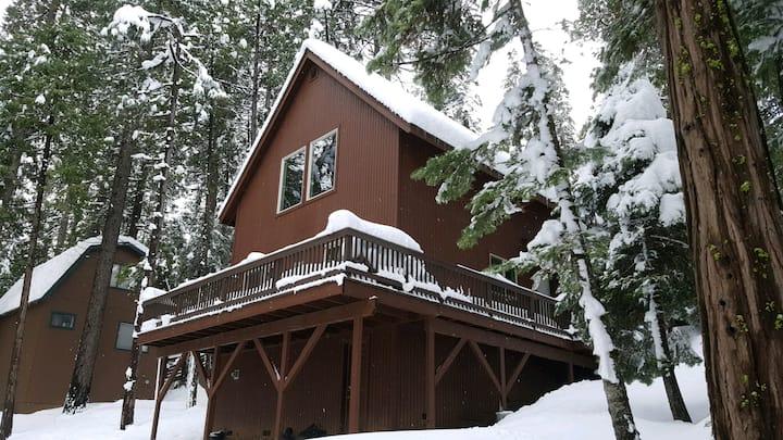 Lodge at the Lake: near Pinecrest/Dodge Ridge