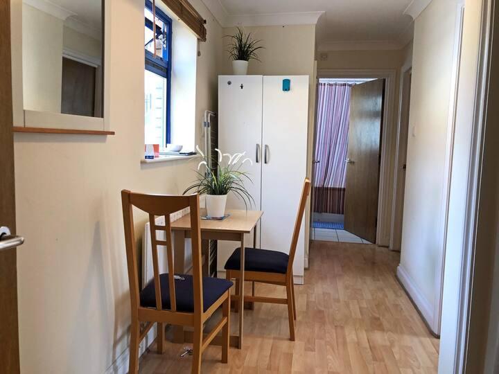 Single room/ Aldgate/ Liverpool st/ Shoreditch