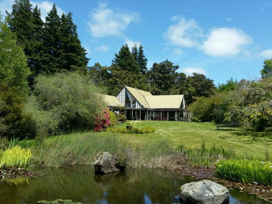 Beech Tree lodge set in 3 acres of garden..