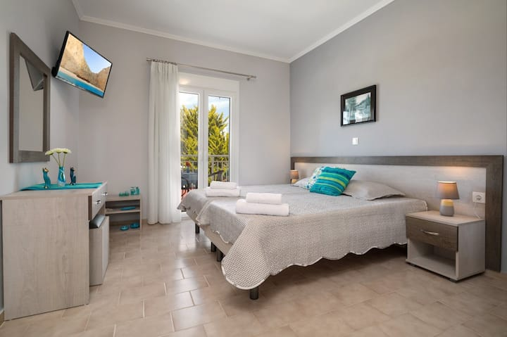 Morfeas Zante Apartments 3