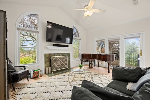 Westlake Family Home - Fully Equipped  - Walkable