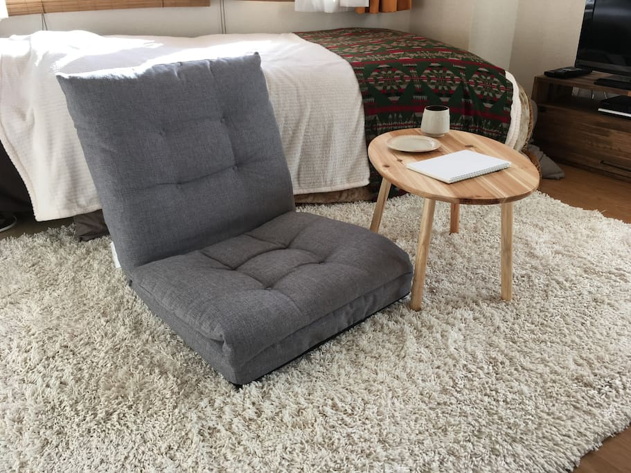 floor chair and small coffee table.