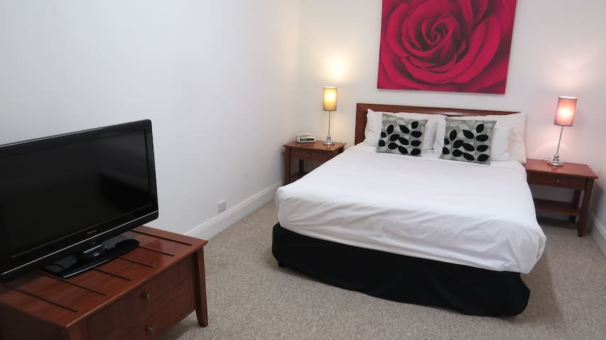 2 Bedroom House  Best Western Goulburn - Goulburn - Huis