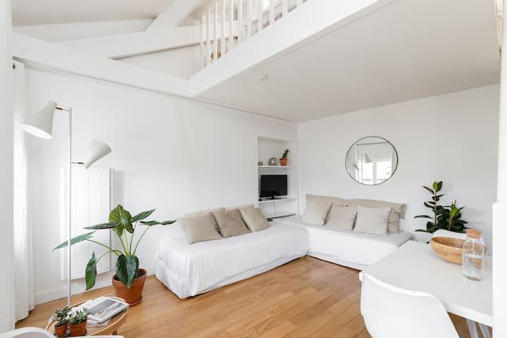 TERRA NOVA - Appartement en duplex - Haut Marais