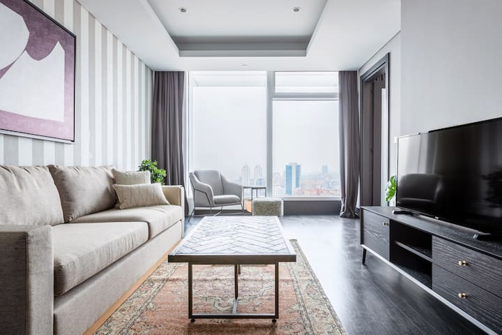 Sea View, Central 1 BR in Quasar Residence