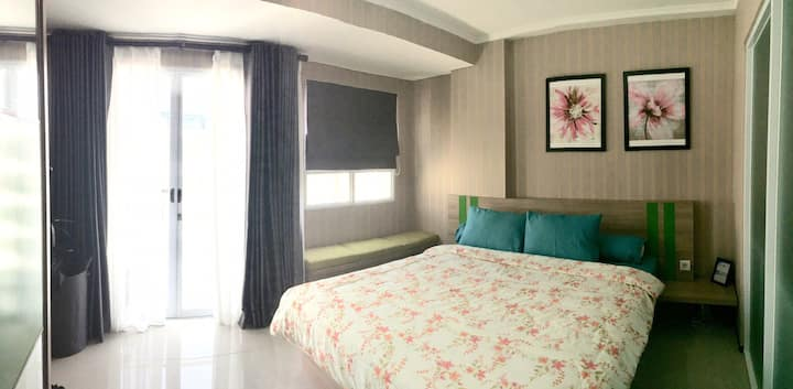 Monthly-rent 1 BR Apartment Gateway PasteurBandung