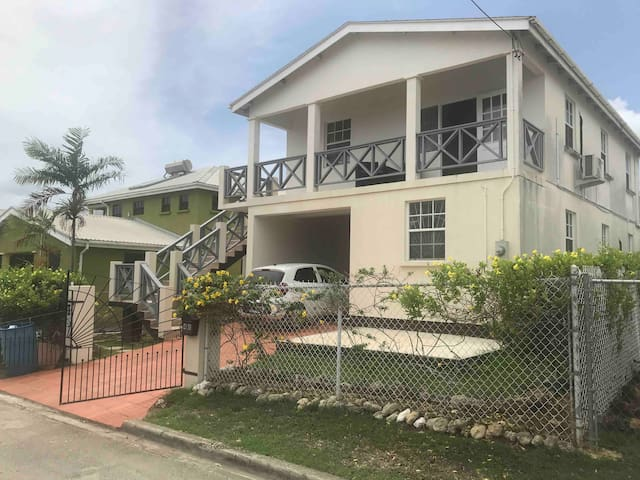 Barbados west coast gem near to speightstown