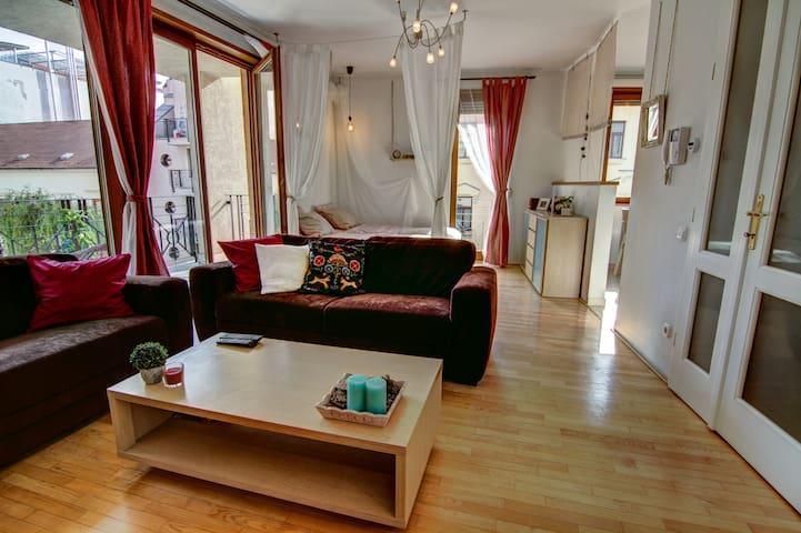Grand Adventure in Budapest - Budapest - Apartment