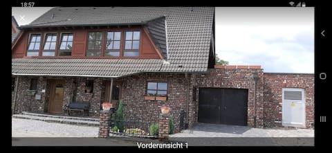 Mauritzburg in Uerdingen