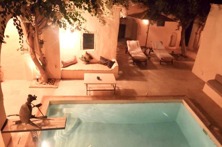 Suites dans un magnifique Riad à Djerbahood