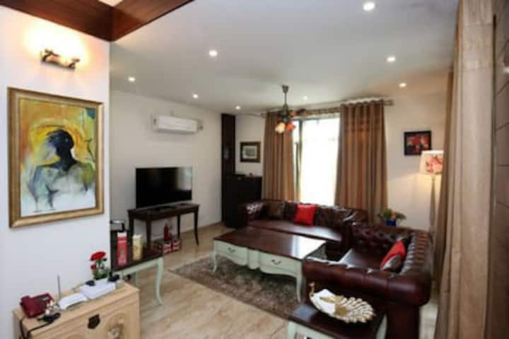 The Sojourn Kasauli | 4BHK Mansion | Sit out Area