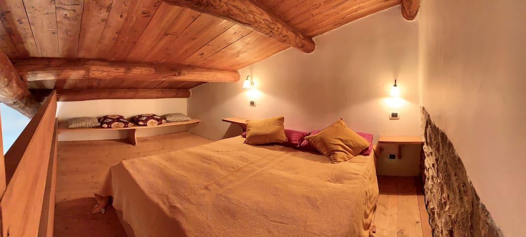 MATRIMONIALE SUL SOPPALCO DOUBLE ON LOFT