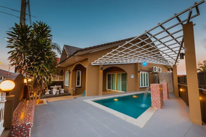 Pool House - Hua Hin City