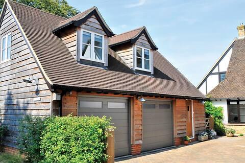 The Car House, Berkhamsted