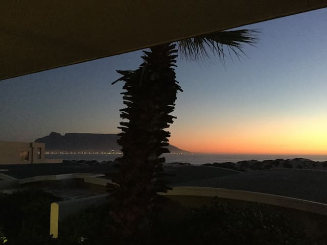 Fabulous apartment on the beach with Table View - Cape Town - Leilighet