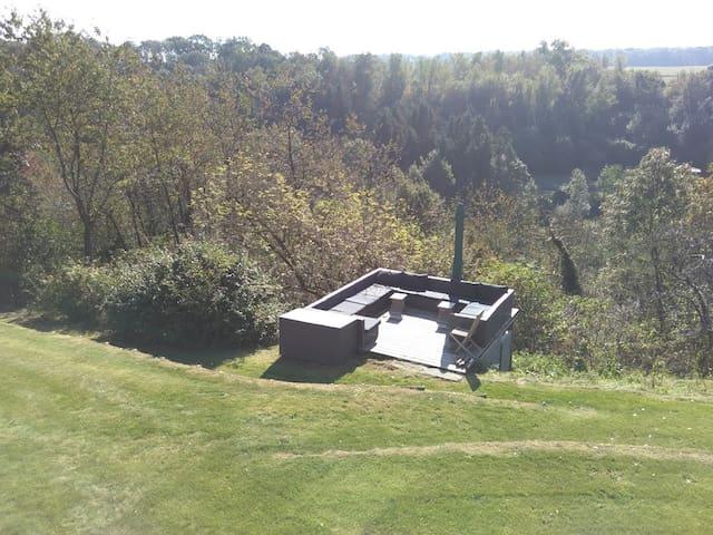 """""""L'Autre Maison"""" confort et vue exceptionnelle - Marchin - 自然地形を利用した家"""