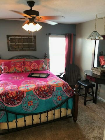 Master Bedroom & Bath Parrish FL Town House