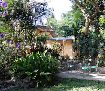 Casa Carolina in Panajachel - Panajachel - Rumah