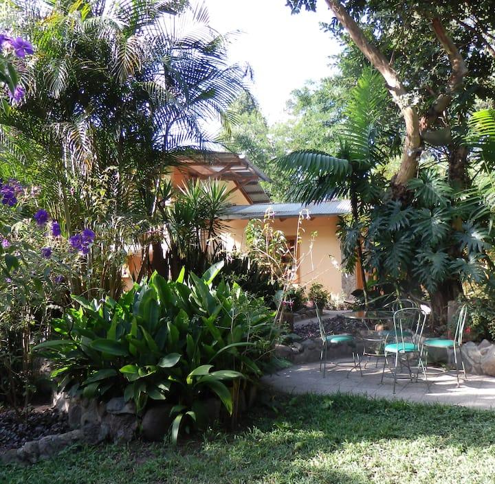 Casa Carolina - Your Own Paradise in Panajachel!