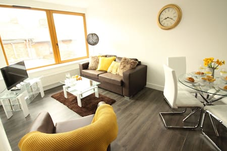Diamond - Britannia Chambers Apartment 4 - Leek - Appartement
