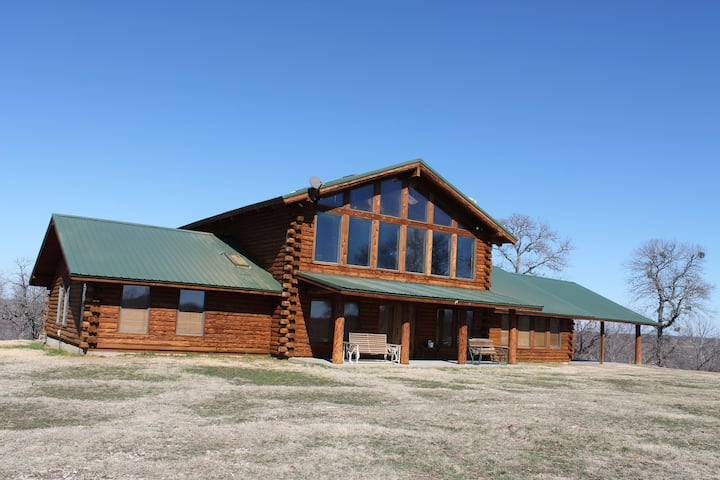Wood Guest Ranch Lodge