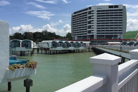 Port Dickson - Pool Villa - 12th Mil Pasir Panjang, Si Rusa, - Rekkehus