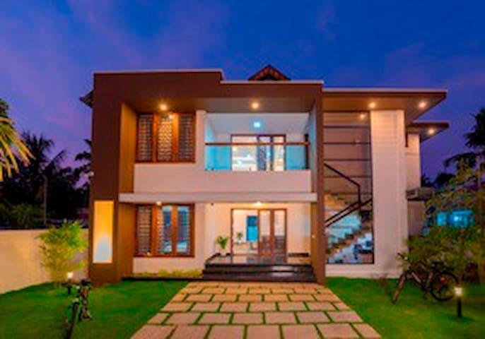 Haven Alleppey Beach Villa