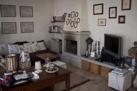 Casa + giardino, Rivergaro, Val Trebbia. - Rivergaro