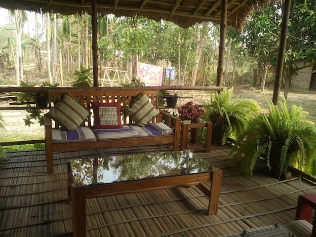 Bamboo Machan Bungalow - Weaver's Place Homestay