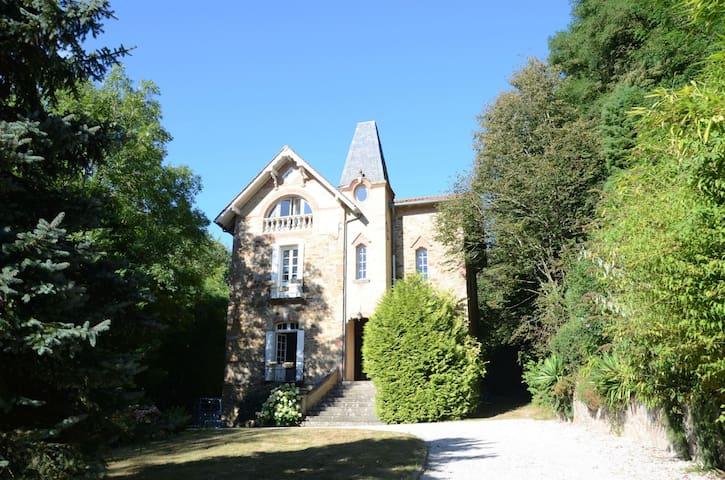 Maison Revel Montagne Noire