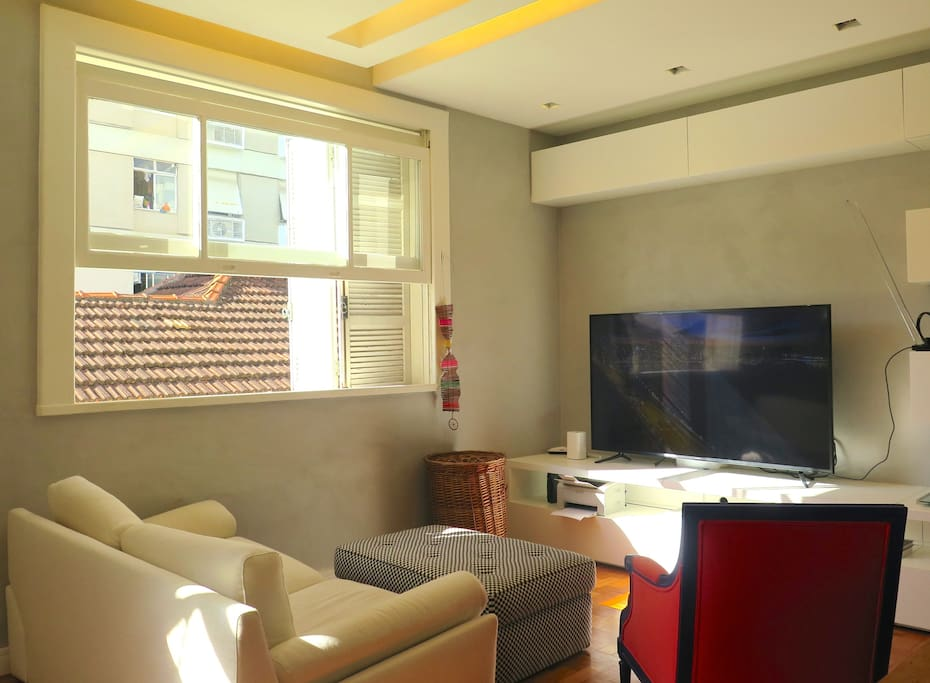 Fully Equipped w/ TV, Internet, Apple TV & Wi-Fi