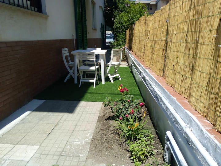 Apartment with 2 bedrooms in Cascina, with enclosed garden and WiFi - 29 km from the beach