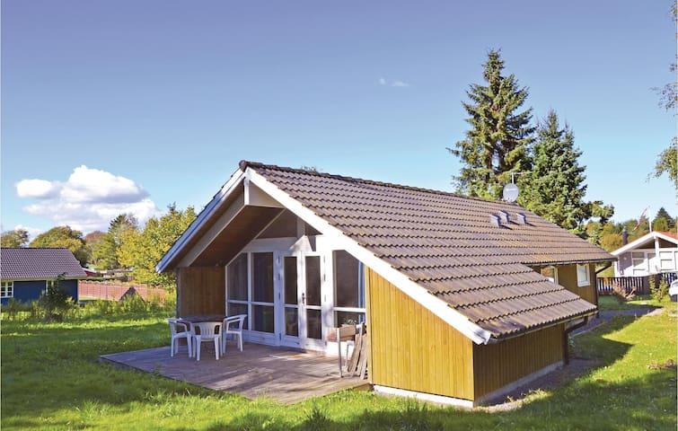 Holiday cottage with 2 bedrooms on 61m² in Kirke Hyllinge